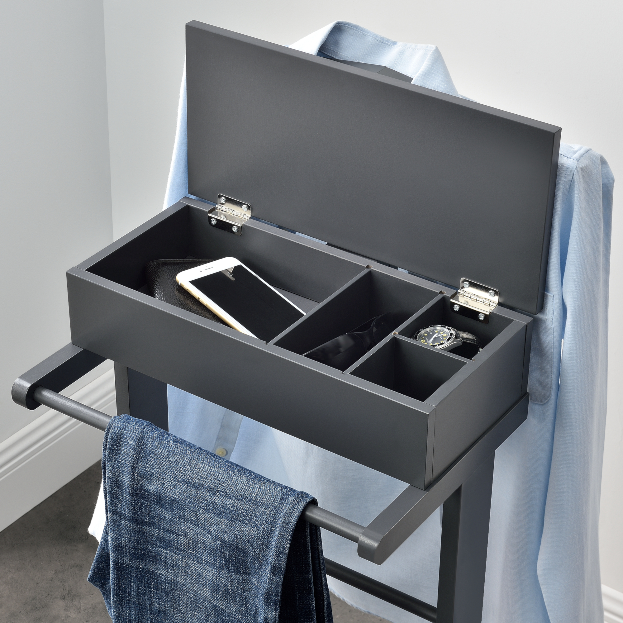 Détails sur [en.casa] Valet de Chambre avec Boîte Ouvrable 43,5x34,5x110 cm  MDF Arole Gris