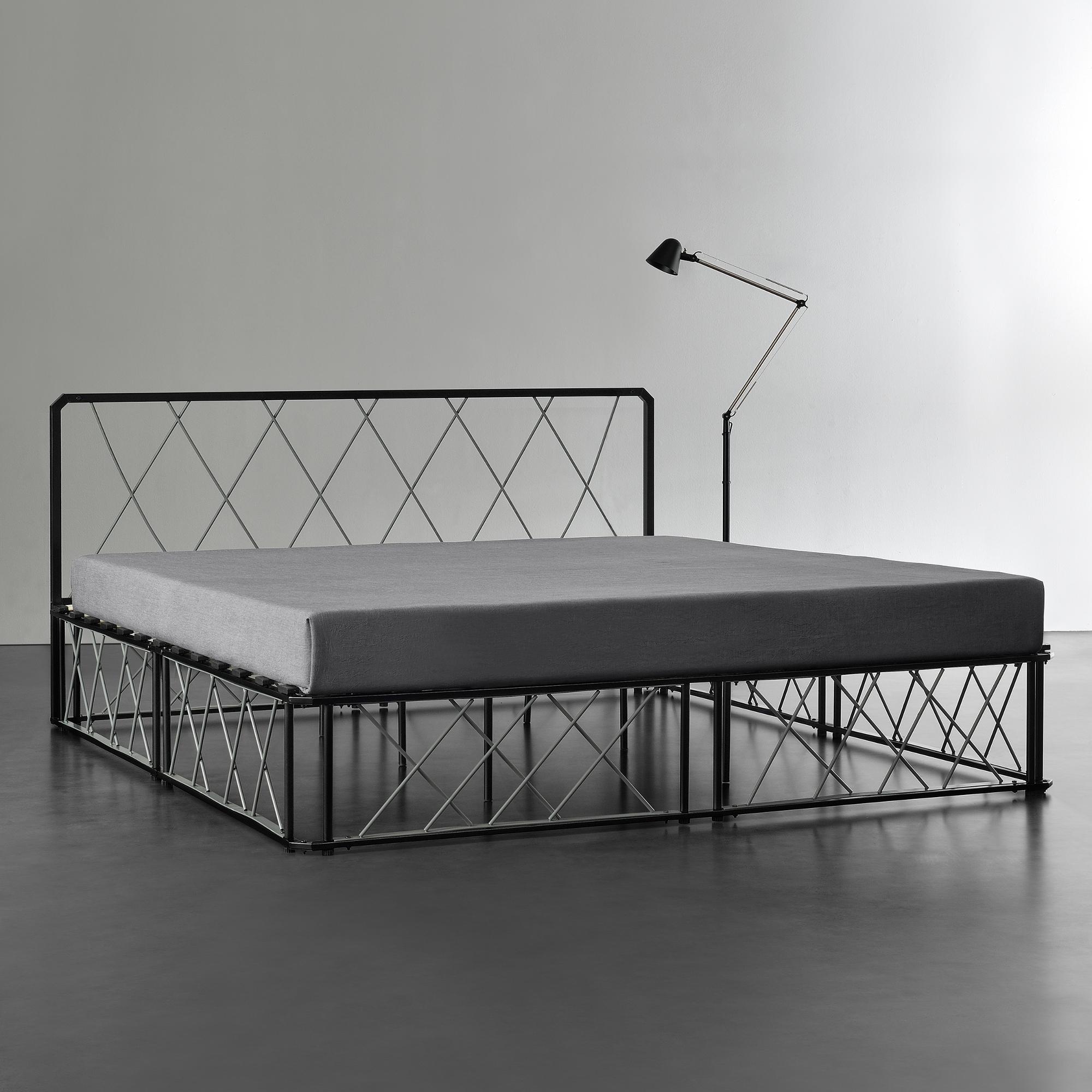 metallbett 180x200 schwarz grau bettgestell. Black Bedroom Furniture Sets. Home Design Ideas