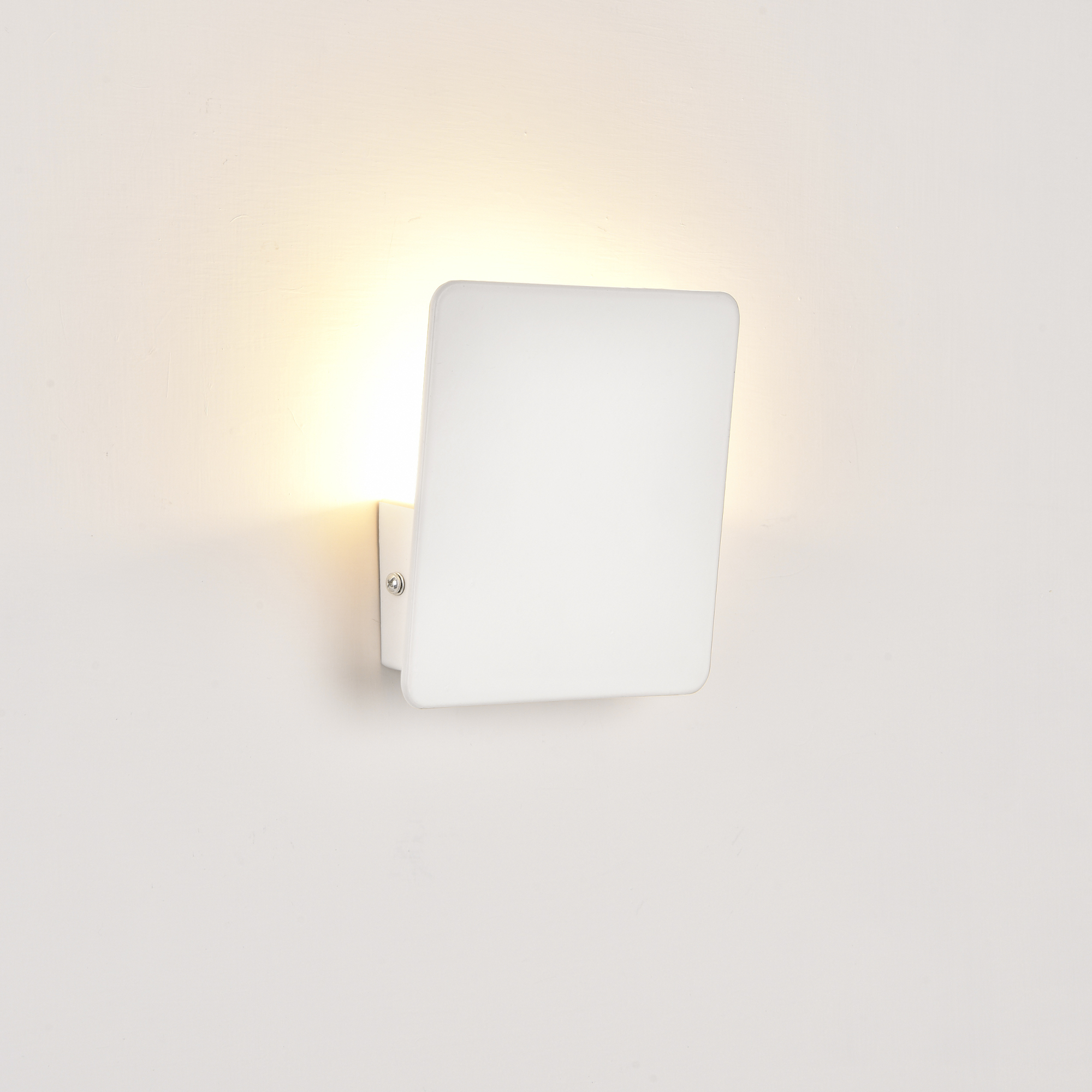 wandleuchte wandlampe beleuchtung flurlampe. Black Bedroom Furniture Sets. Home Design Ideas