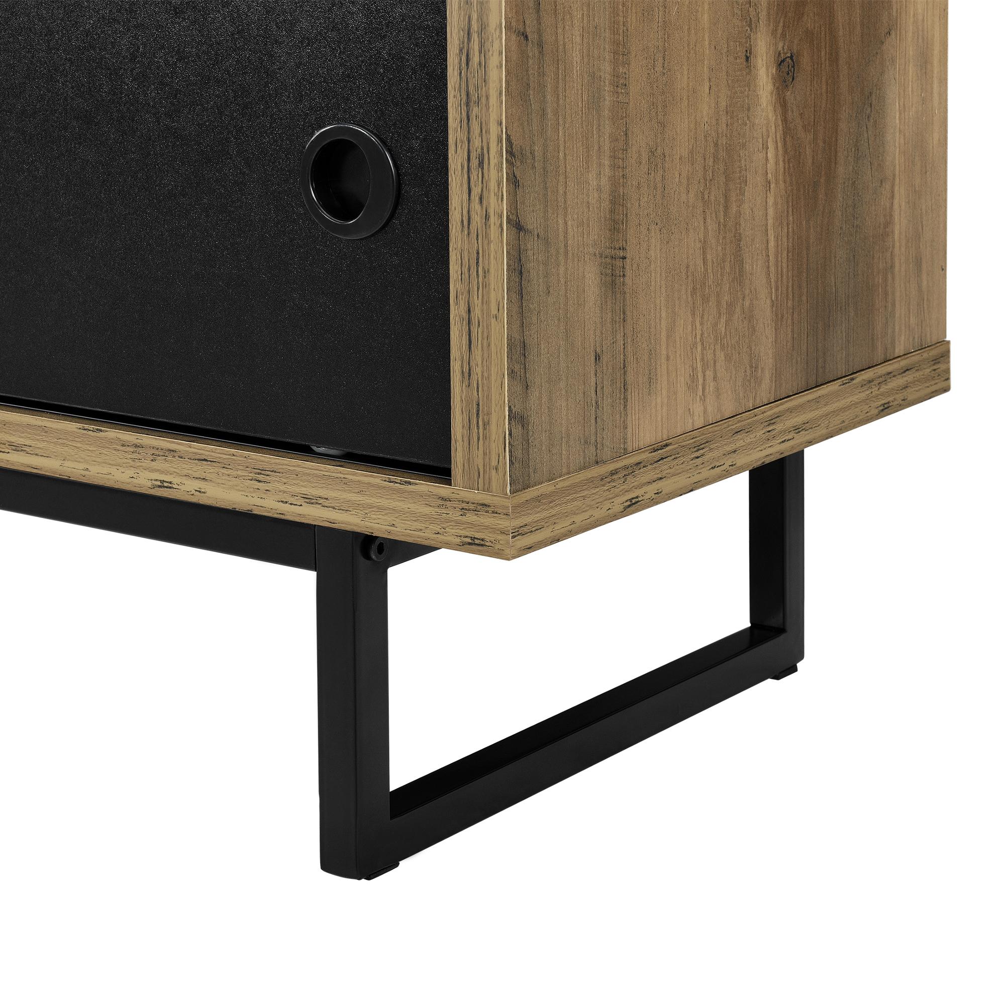 lowboard mit schiebet ren fernsehtisch kommode. Black Bedroom Furniture Sets. Home Design Ideas