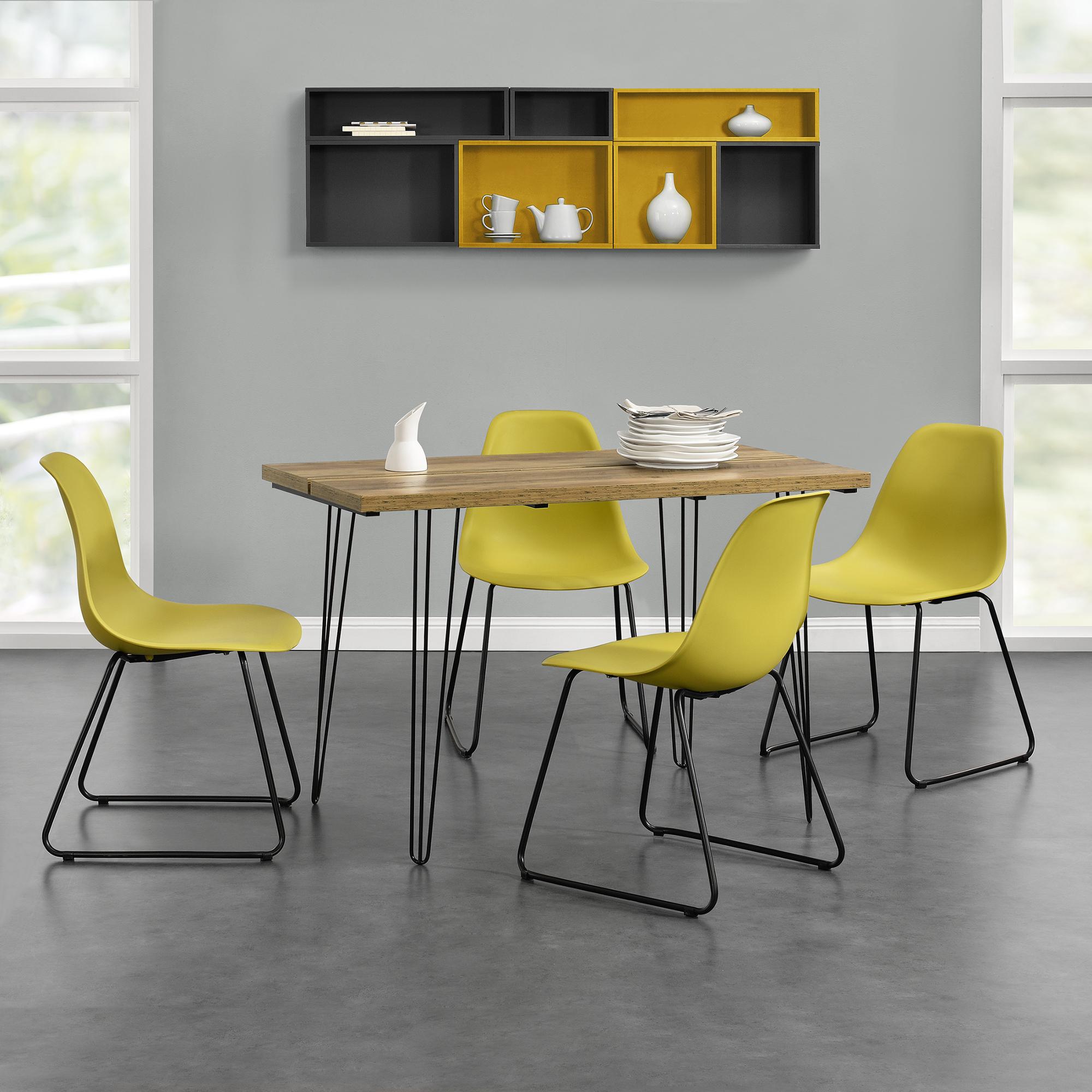 [en.casa]® Designový jídelní stůl - imitace dřeva + 4 ks židlí - horčicově žluté